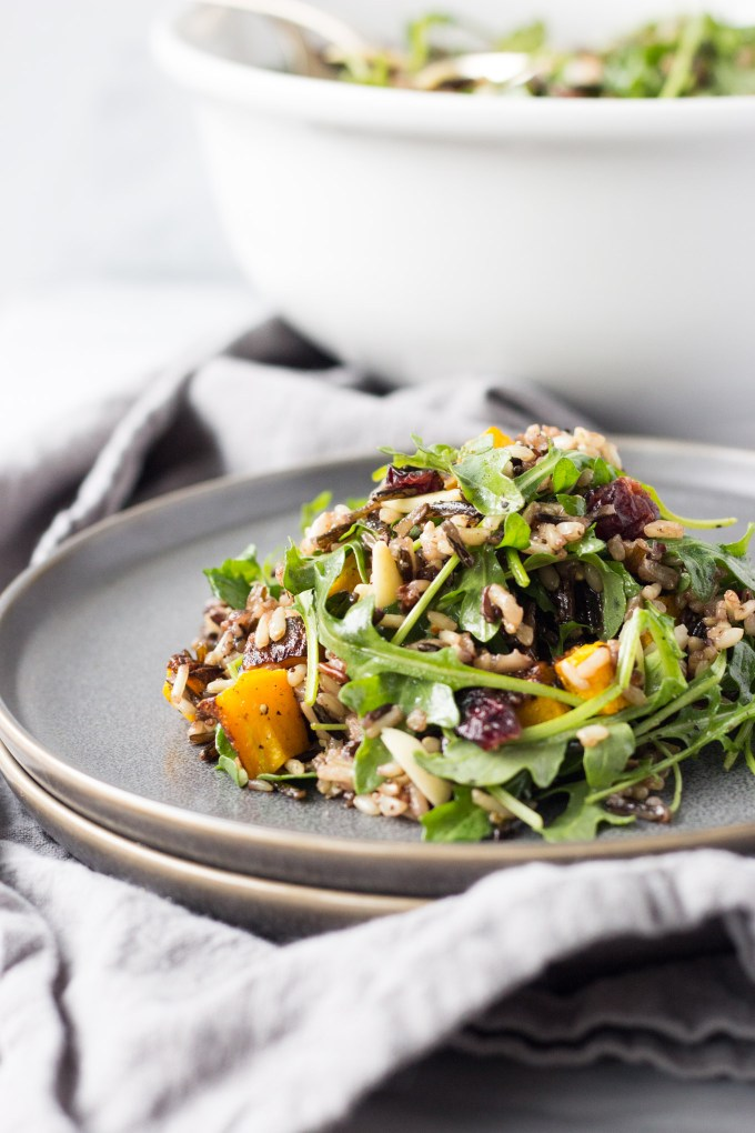 Wild Rice and Arugula Salad - an easy salad full of texture and flavor! | Fork in the Kitchen