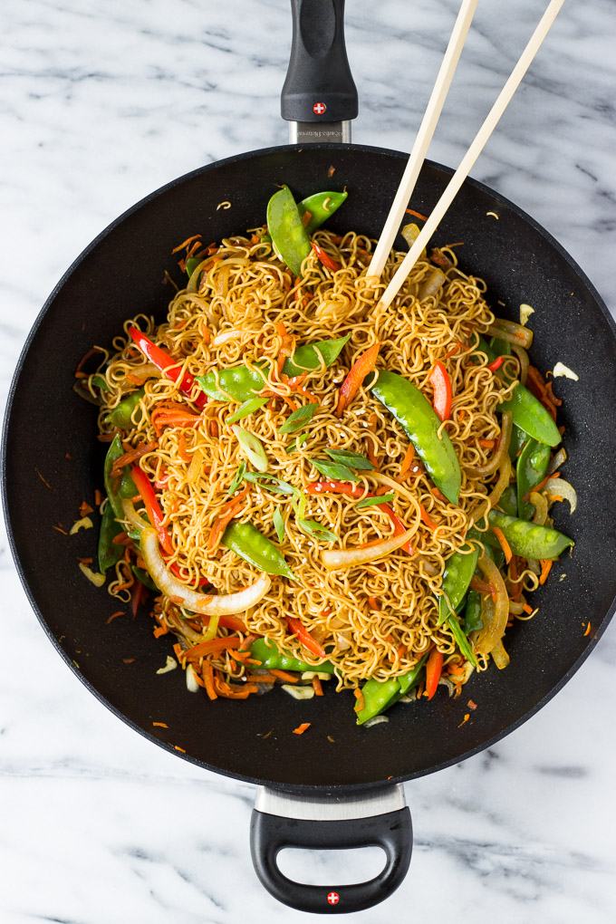 Vegetable Lo Mein for Two - better than take-out, this classic Chinese dish is a quick dinner and can easily be doubled! | Fork in the Kitchen