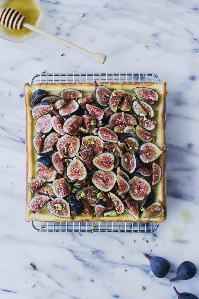 overhead honey cheesecake bars with figs