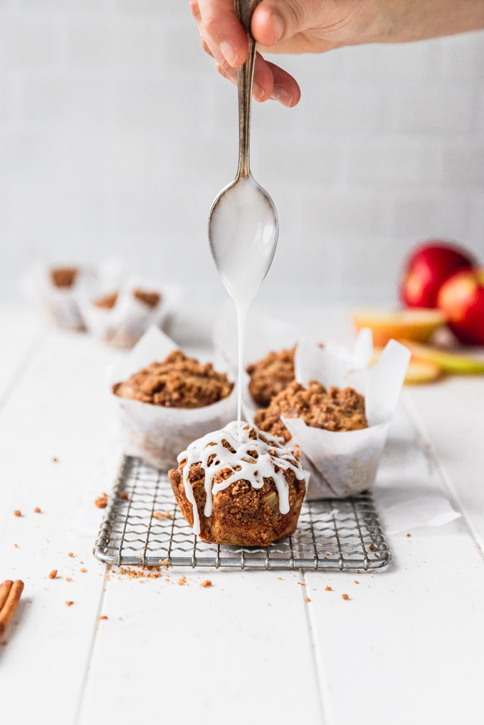 drizzle onto apple cinnamon muffin on tray