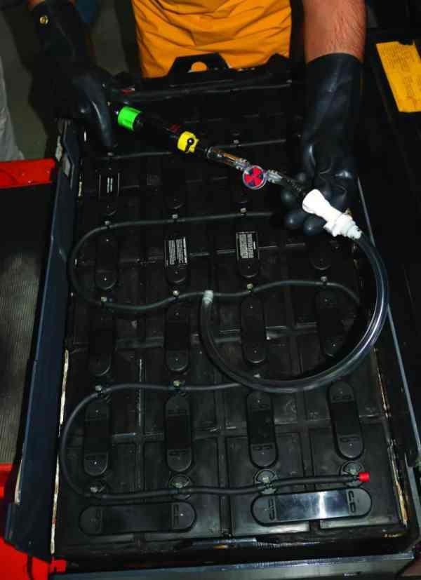 Froetek Battery Watering System