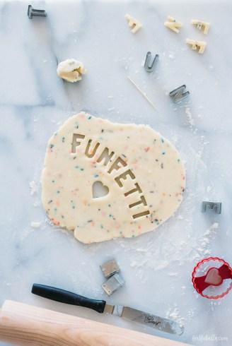 funfettishortbread-4_logo