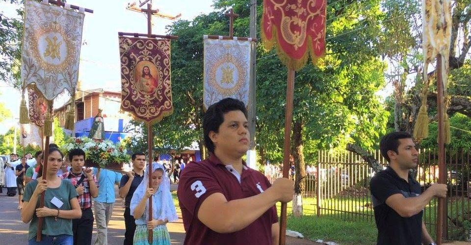 El-joven-de-caracter-procesion-curso-de-cultura