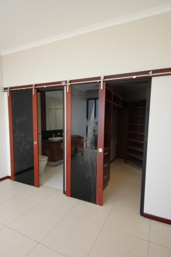 Jarrah Double Barn Door to ensuite and WIR