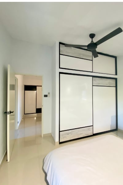 View of Linen Cupboard from Bedroom 3