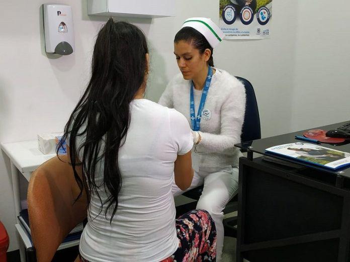 Embarazadas con sifilis - Formula Medica