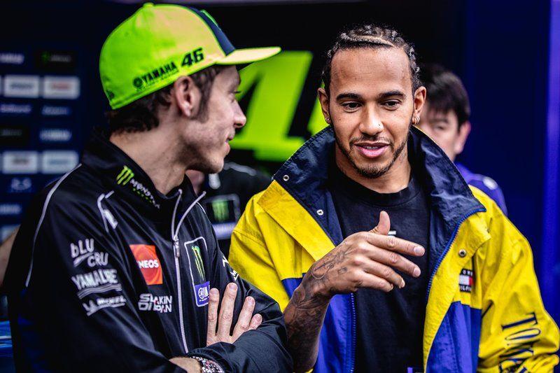 """Valentino Rossi: """"No veo la hora de ponerme al volante del F1, será un experiencia muy bonita"""""""