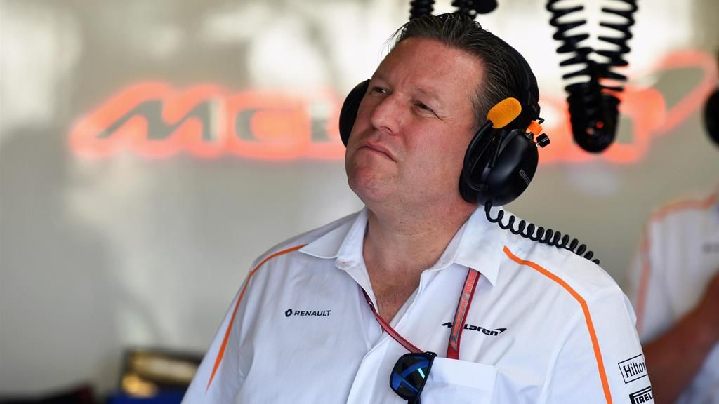 Sigue la tensión entre Zak Brown y Ferrari