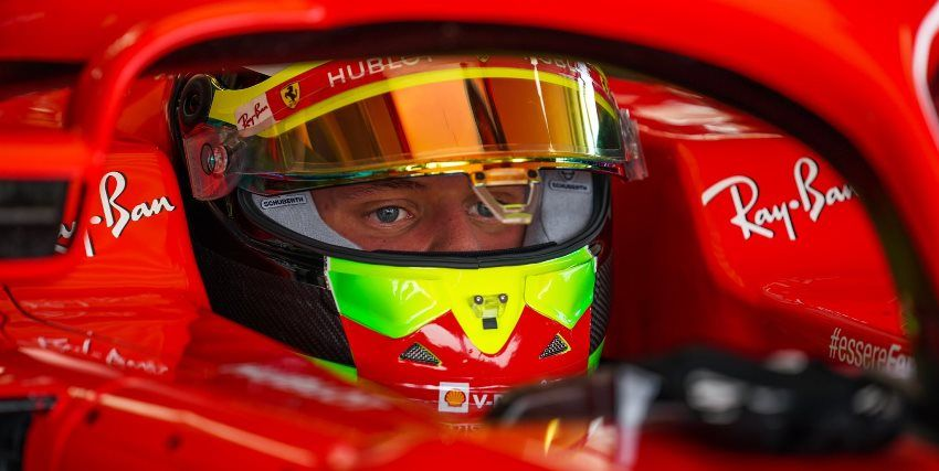 Schumacher, Ilott y Shwartzman prueban la Ferrari SF71H en Fiorano