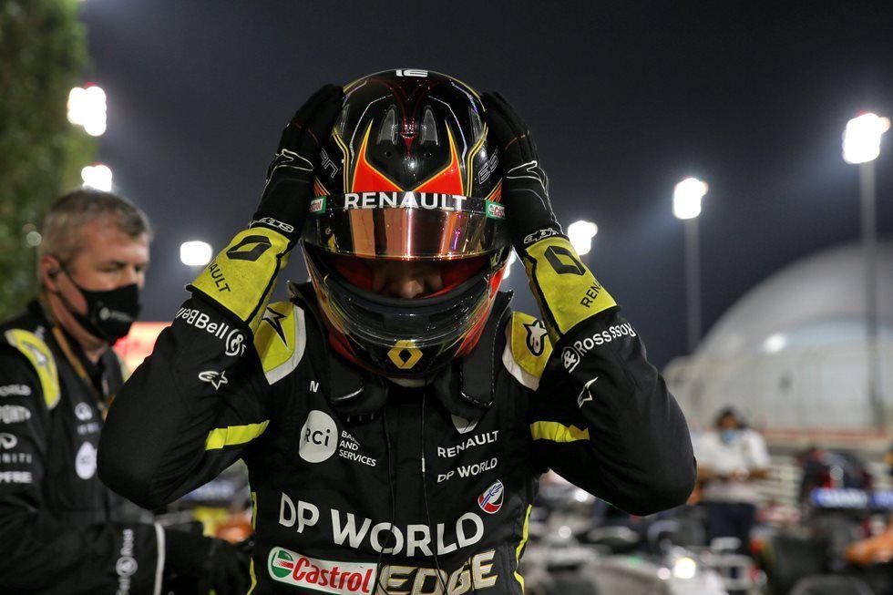 Esteban Ocon asegura que Pérez no debe quedarse fuera de la F1