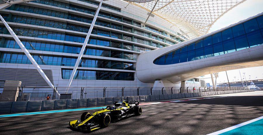 Fernando Alonso marca el mejor crono de los test post-temporada en Abu Dhabi