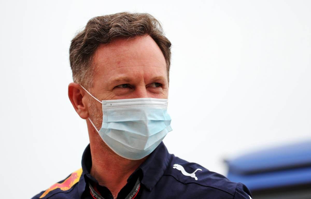 Christian Horner cree que Hamilton puede penalizar en una de las carreras restantes por cambio de motor
