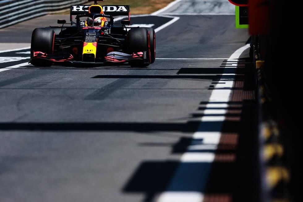 """Max Verstappen rechaza las críticas de Hamilton: """"No fui agresivo, le dejé espacio a Lewis y se fue contra mi coche"""""""
