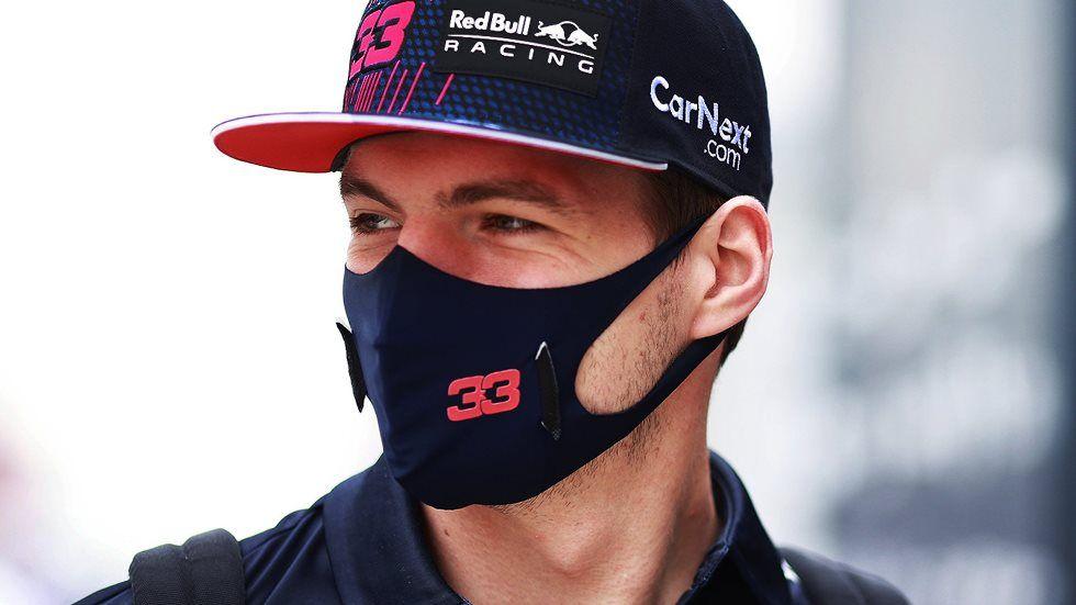 'Estoy tan nervioso que no puedo dormir' ironiza Verstappen sobre los comentarios de Hamilton