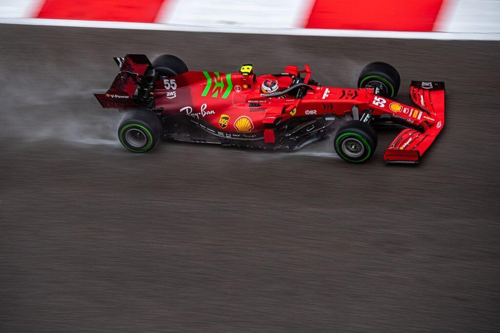 """Carlos Sainz finaliza 2° en la clasificación del GP de Rusia: """"Ha sido muy complicado"""""""