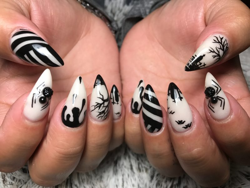 Nail art con disegni a tema
