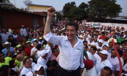 Veracruz será destino turístico de 5 estrellas: Héctor Yunes Landa