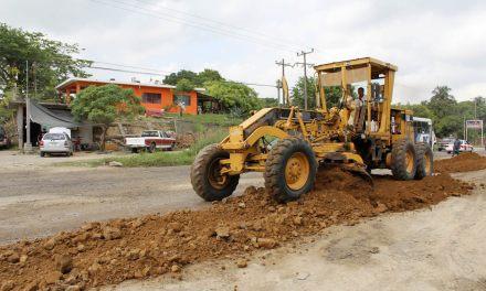 Inicia Ayuntamiento de Tuxpan, Rehabilitación Provisional del Libramiento