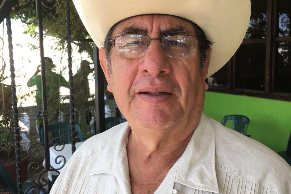 NO TENGO NINGUNA ASPIRACIÓN POLÍTICA, ¡NI A POLICÍA DE RANCHO!: RUBÉN CRUZ SAGASTUME