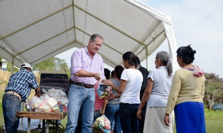 Entrega Gobierno de Tuxpan  Apoyos Invernales en 6 Comunidades
