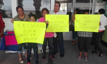Habitantes de Frijolillo se manifiestan en contra de Tránsito y SSPM