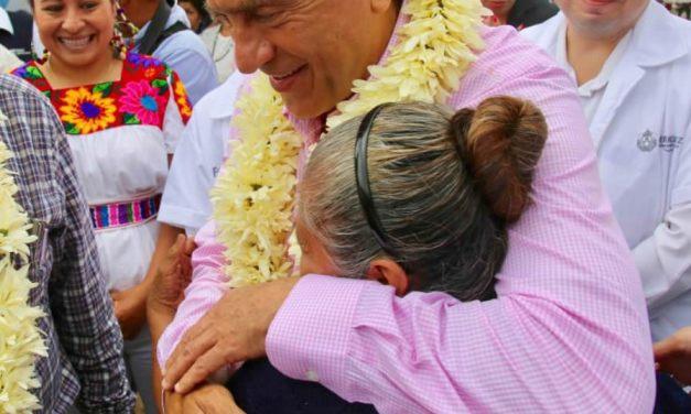 """El Gobernador Yunes arranca el programa """"Mujer Veracru-Sana"""""""