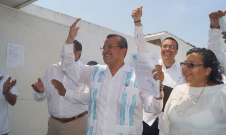 Se registra Esteban Salas por el Partido Nueva Alianza