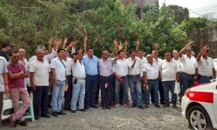 Los taxistas están con Toño Aguilar