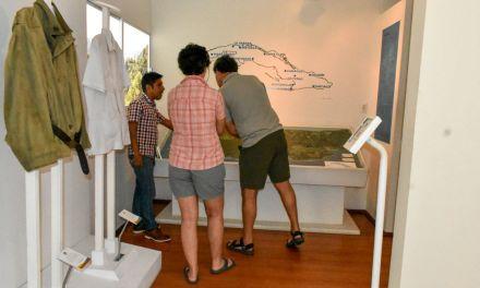 Recibe museo visitas internacionales