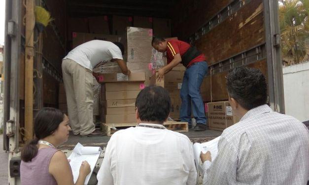 Arriba a Tuxpan material electoral
