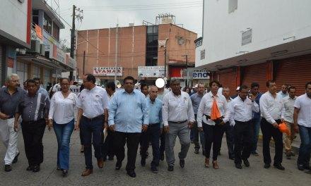 """Alcalde encabeza desfile del """"Día Internacional de los Trabajadores"""""""
