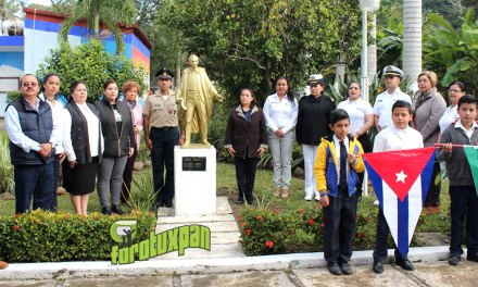 Emotivo homenaje a José Martí