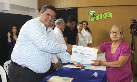 Reconocimientos para trabajadores jubilados del Ayuntamiento