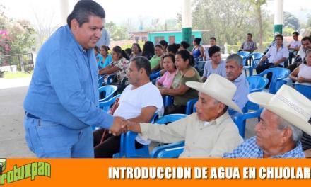 Banderazo para introducción de agua en Chijolar