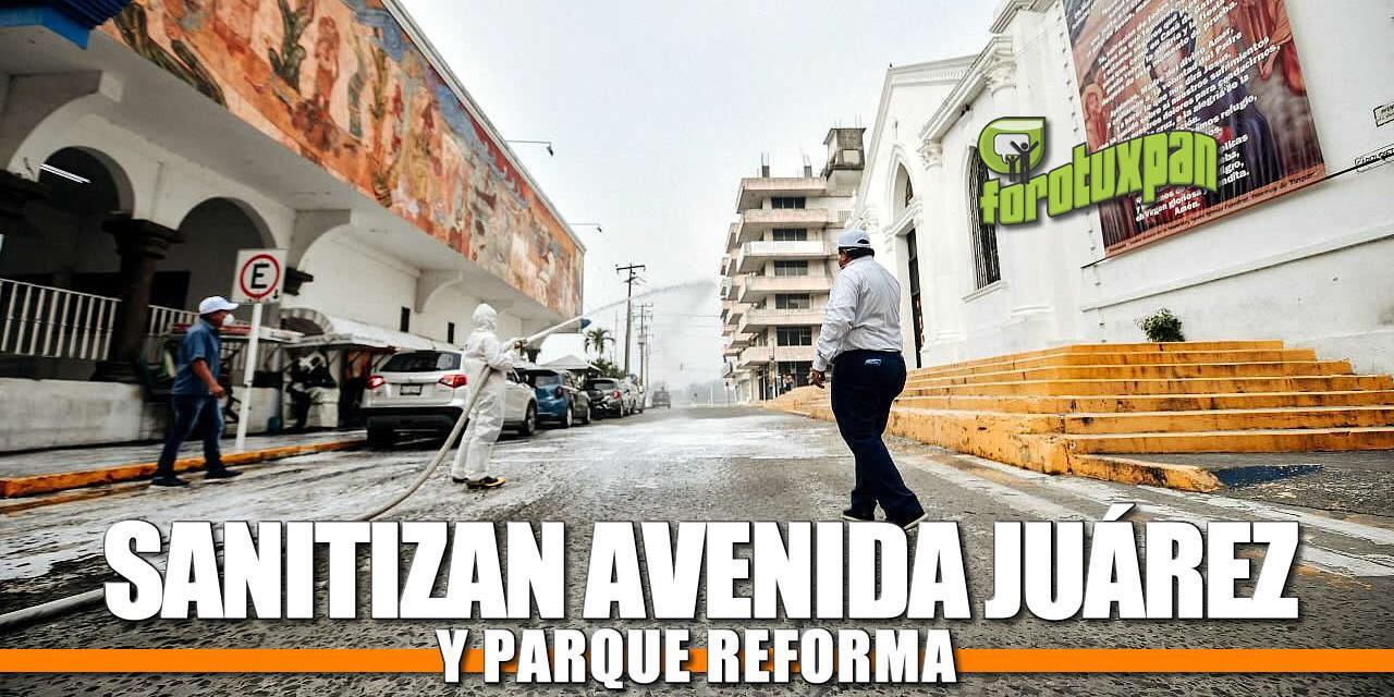 SANITIZAN AVENIDA JUÁREZ Y PARQUE REFORMA
