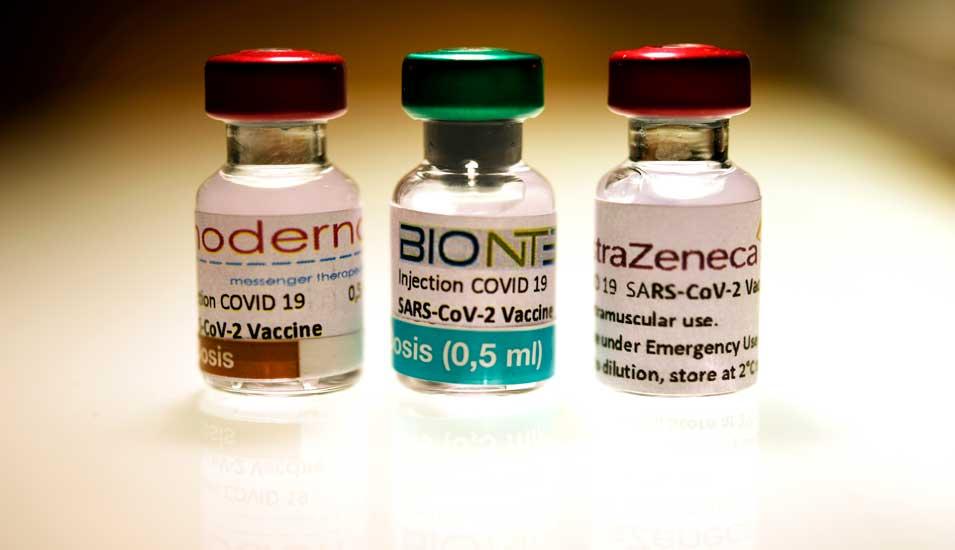 astrazeneca eu lasst dritten corona impfstoff zu forschung lehre