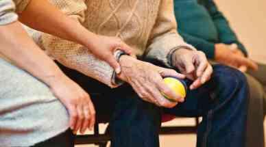 MSM und Glucosamin können bei Arthrose helfen
