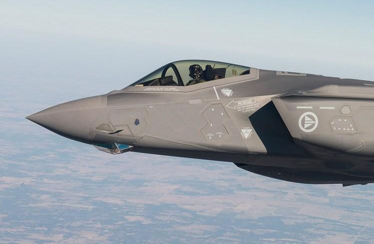 Textron skal levere elektronisk krigsførelsesudstyr til F-35