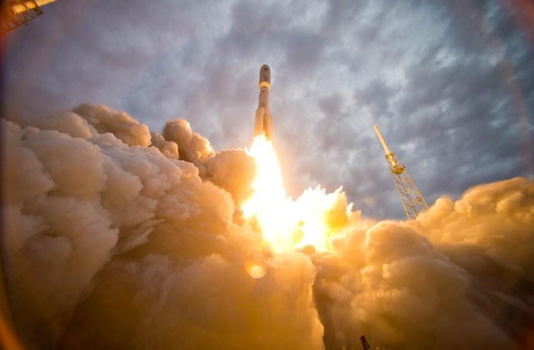 SpaceX opsender succesfuldt Falcon 9 efter eksplosion