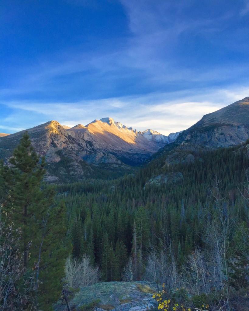 hike-mountains-forteebello-night