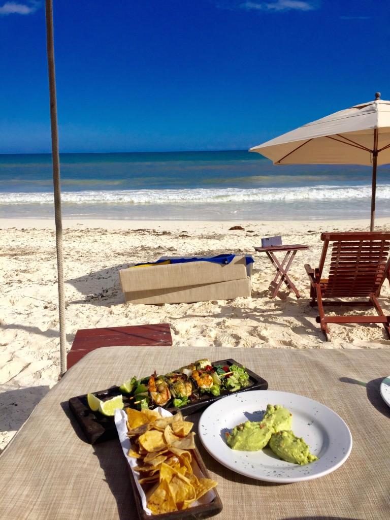 tulum-mexico-beach-food