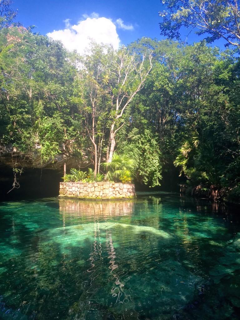 tulum-mexico-cenote-forteebello