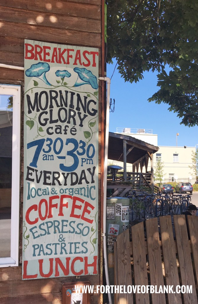 Whether you are vegeterian, vegan or gluten-free, there is something on the menu for you! Right in front of the Amtrak station in  downtown Eugene, OR. Open 7 days a week from 7:30 am to 3:30 pm Morning Glory Cafe is a vegetarian's haven!