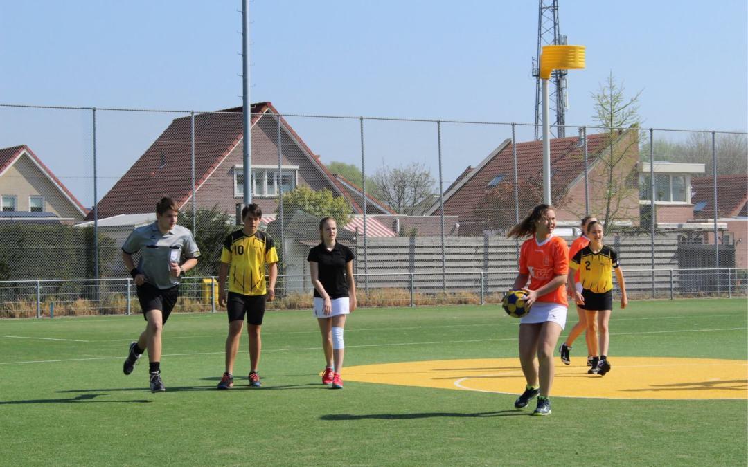 Wil jij ons helpen met het fluiten van jeugdwedstrijden?