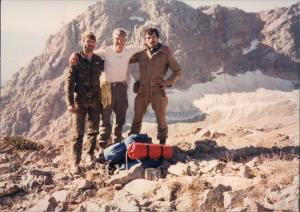 Moore with Russian Afghan vets - both paratroopers - one on right tells Moore he wants to fight in Moores outfit