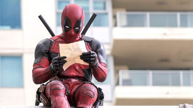 deadpool-reading-email
