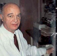 Gaston Naessens