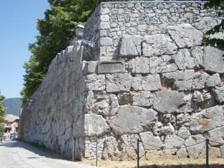 Alatri, Via Gregoriana, Mura Poligonali