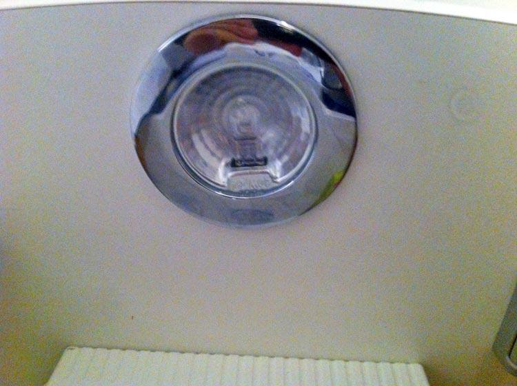 Ampoule Salle De Bain Wikiliafr