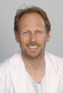 Dr méd. Thomas Hess, spécialiste en pneumologie